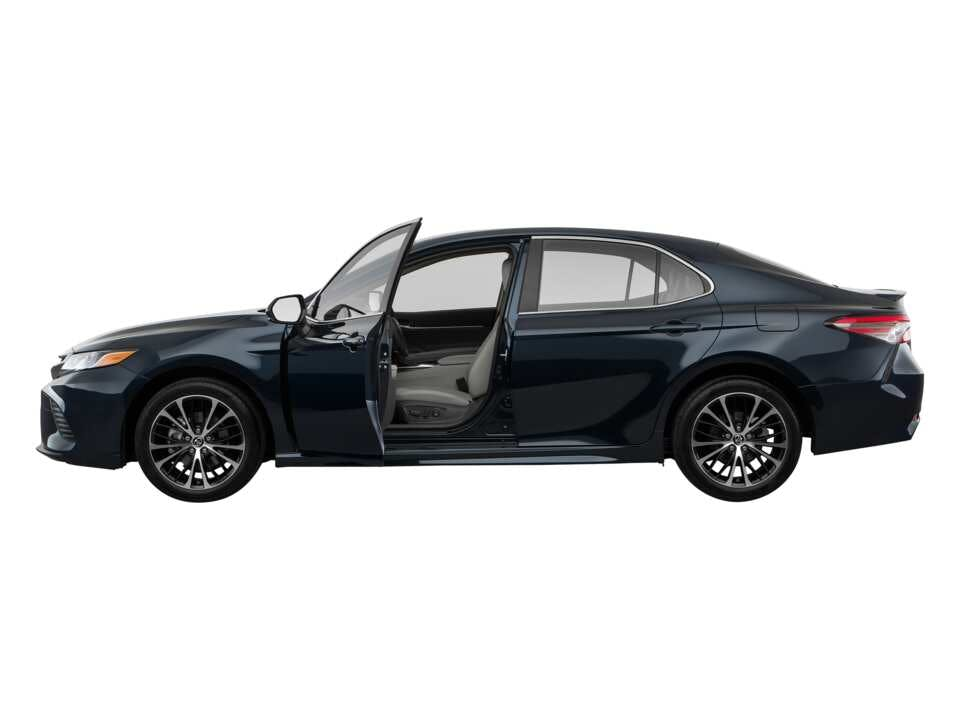 2019 Toyota Camry Driver Side