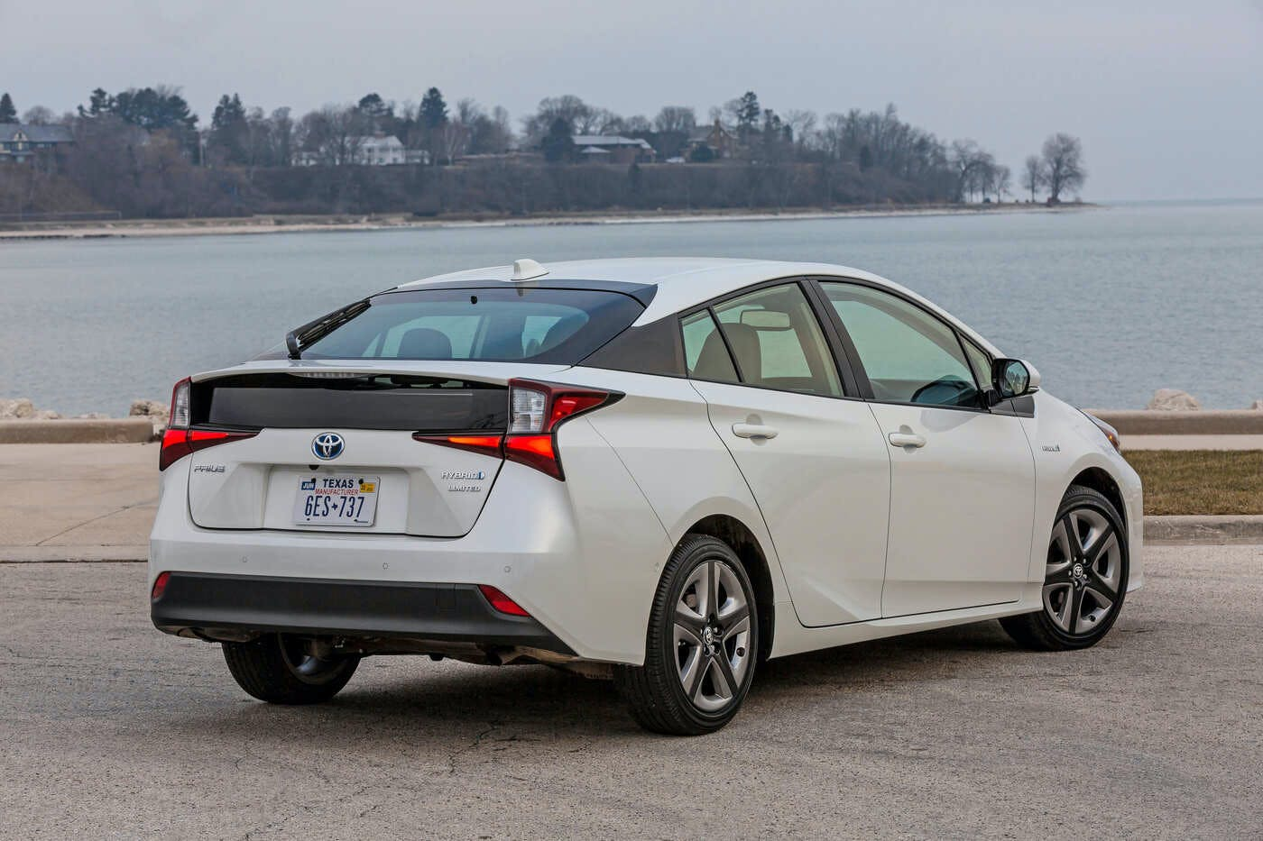 2020 Toyota Prius Pictures New Model and Performance