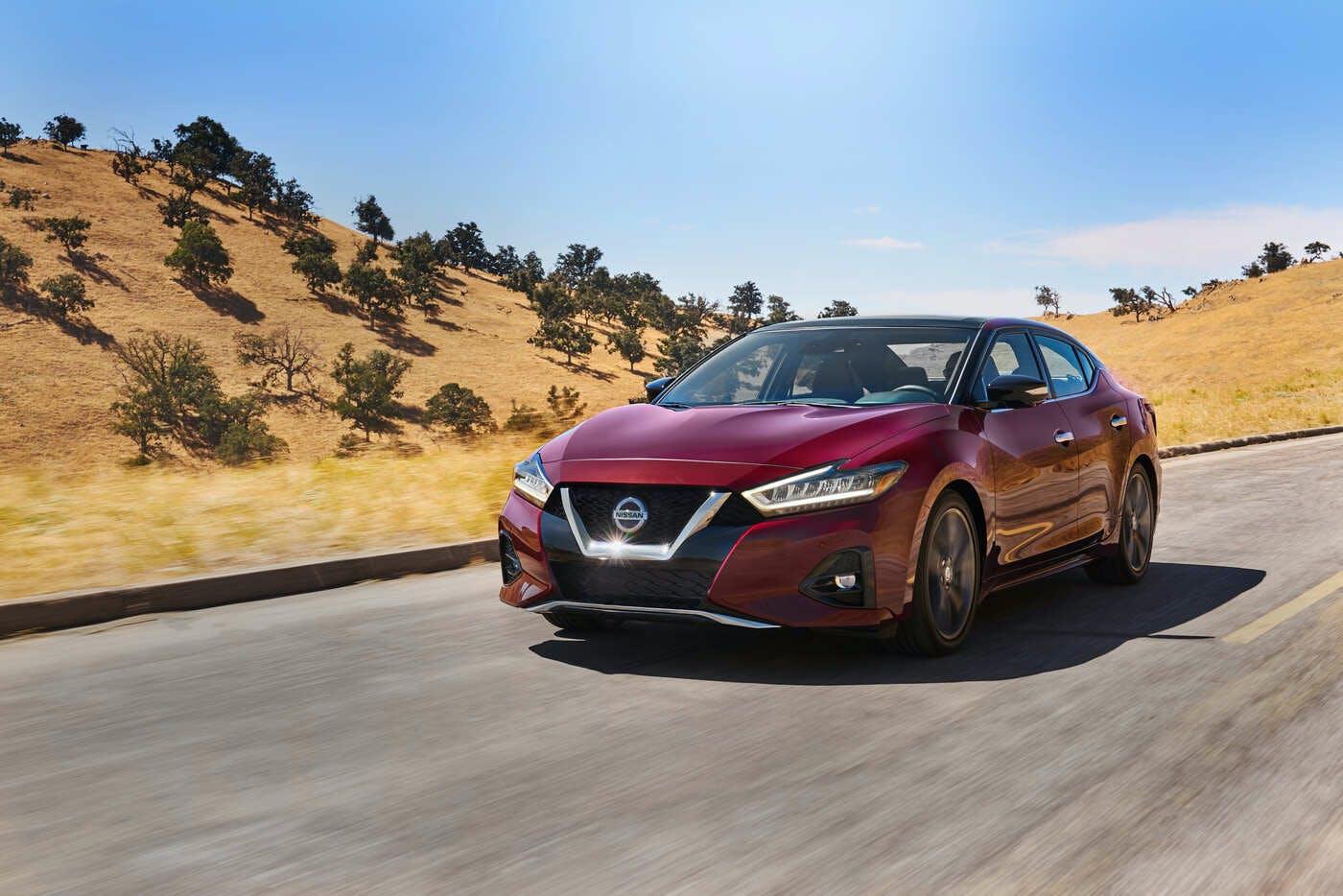 2019 Nissan Maxima Comparisons, Reviews & Pictures | TrueCar