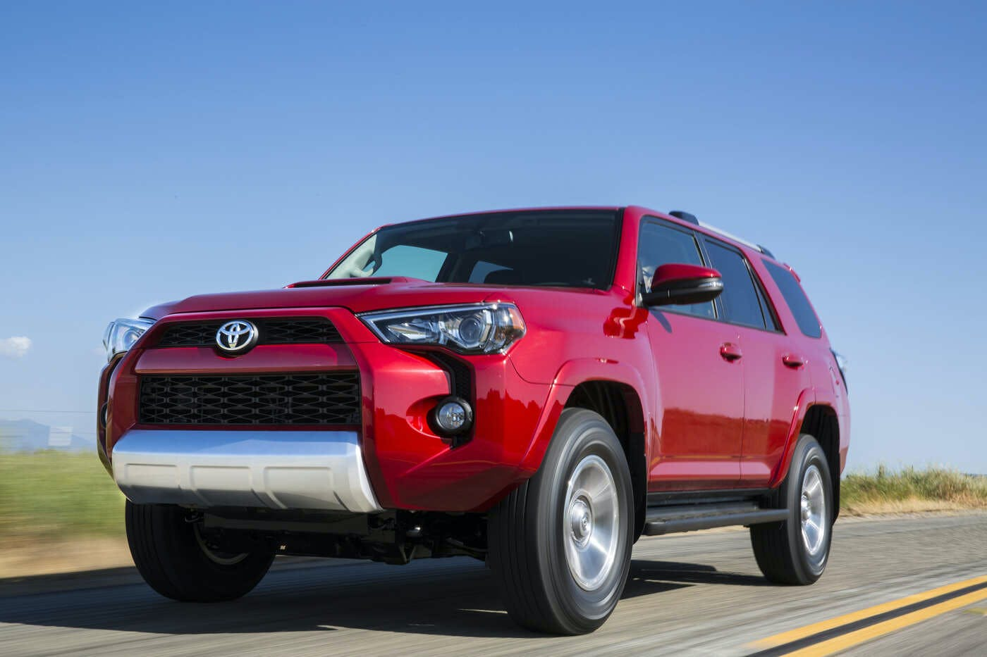 2019 Toyota 4Runner Comparisons, Reviews & Pictures | TrueCar