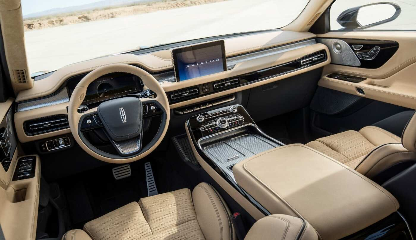 2020 Lincoln Navigator Price Update Interior >> 2020 Lincoln Aviator Comparisons Reviews Pictures Truecar