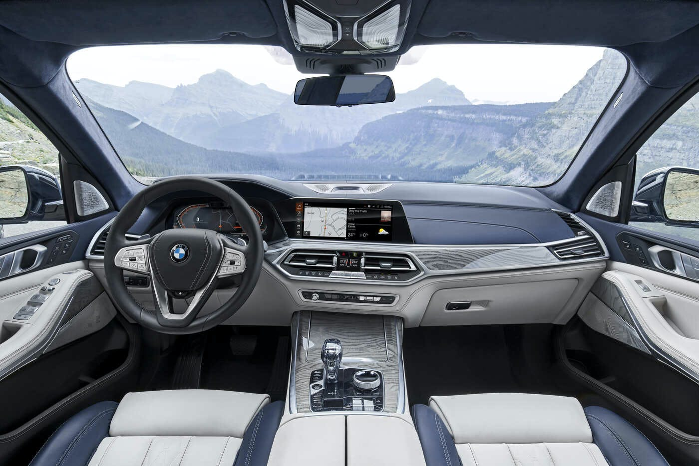 2020 BMW X7 Series as a Luxury SUV