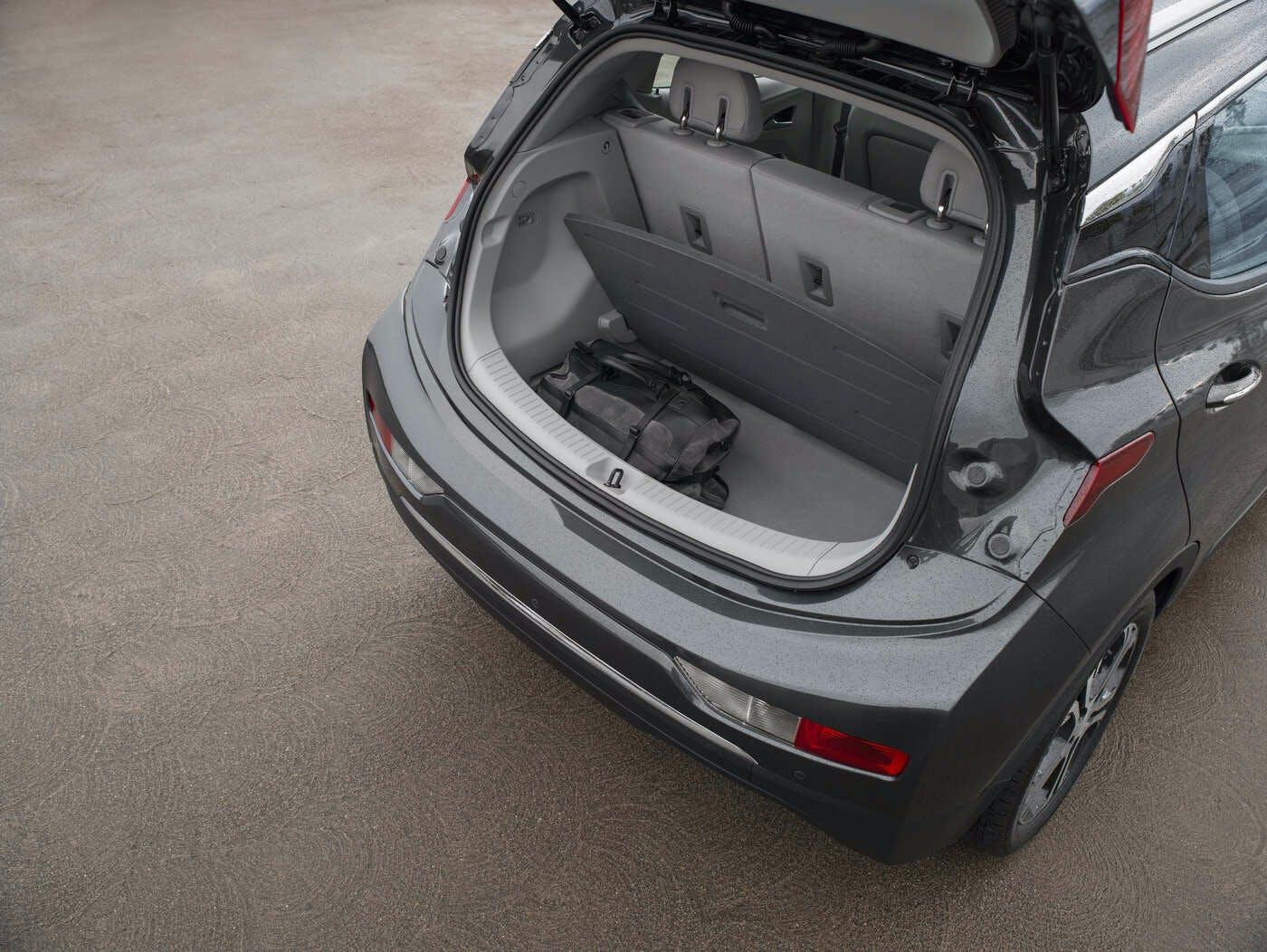 Chevy Bolt Availability >> 2020 Chevrolet Bolt Ev Comparisons Reviews Pictures Truecar